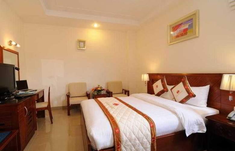 Lan Lan 1 Hotel - Room - 2