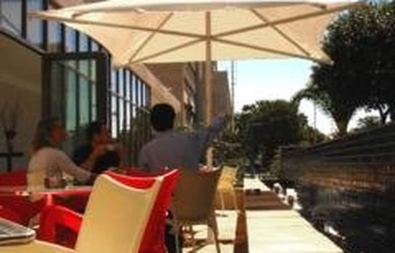 Fountains Hotel - Terrace - 5