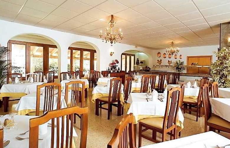 Gaya - Restaurant - 13