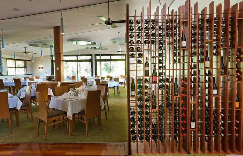 Te Waonui Forest Retreat - Restaurant - 9