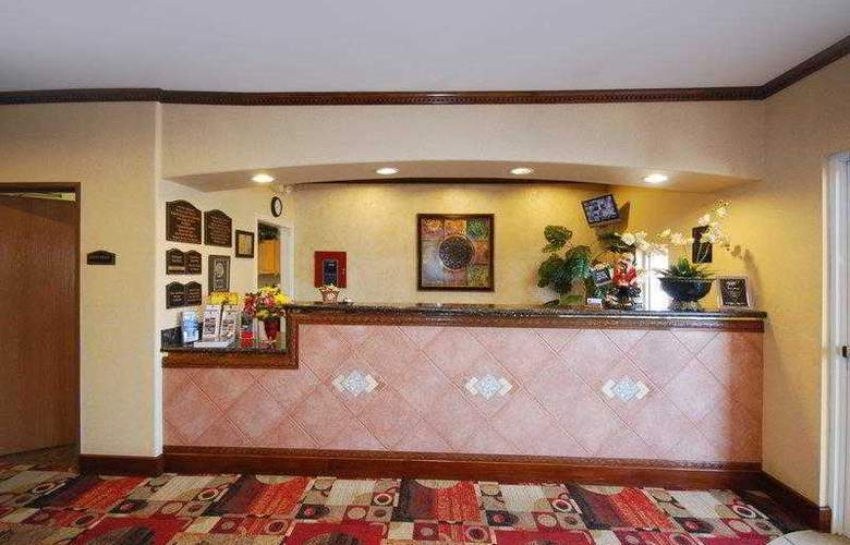 Best Western Plus Lake Worth Inn & Suites - Hotel - 0