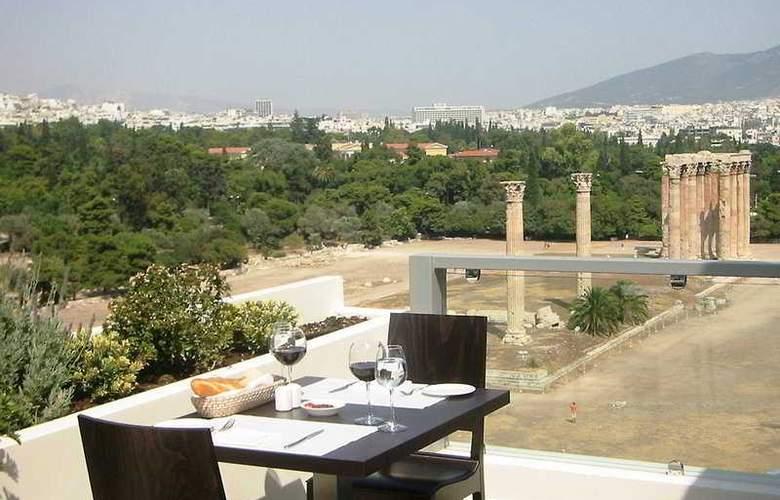 Athens Gate - General - 3