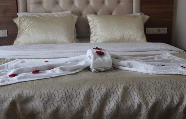 Airboss Hotel - Room - 9