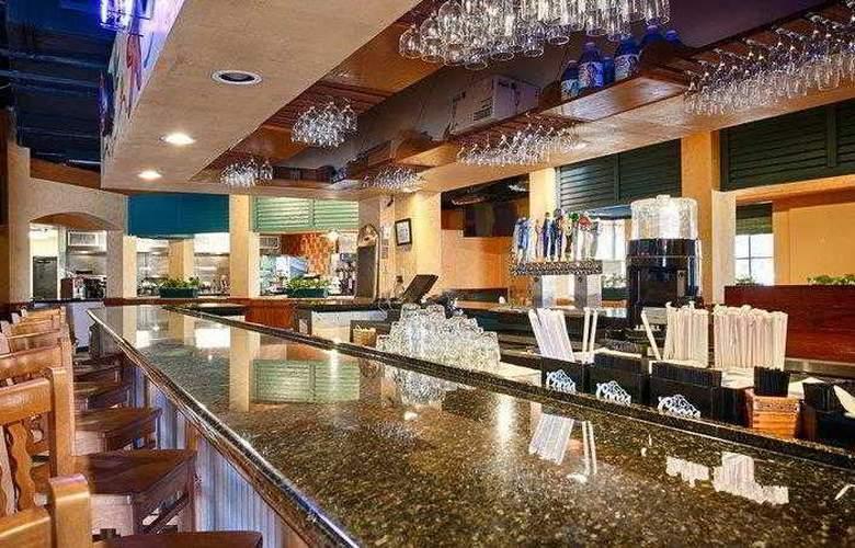 Best Western Plus Orlando Gateway Hotel - Hotel - 18
