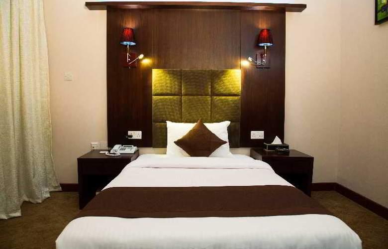Elegance Castle Hotel - Room - 17