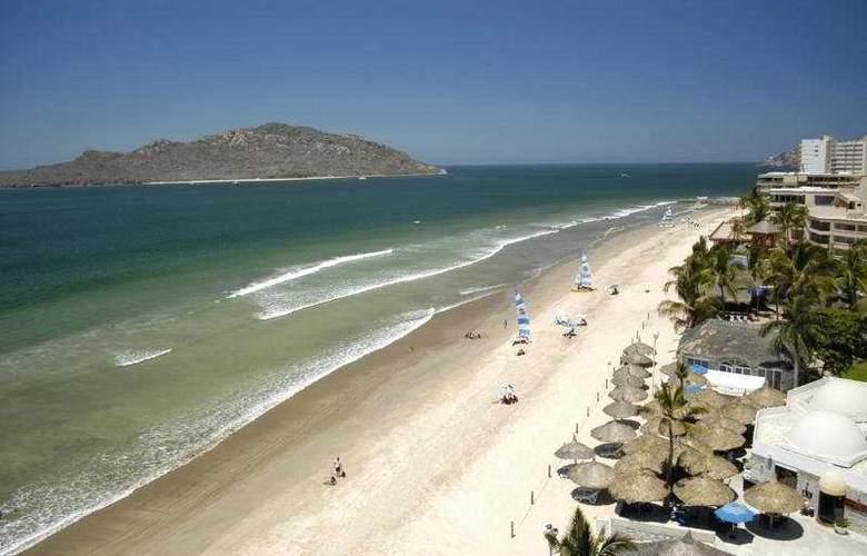 Ramada Resort Mazatlan (antes los Sabalos) - Beach - 7