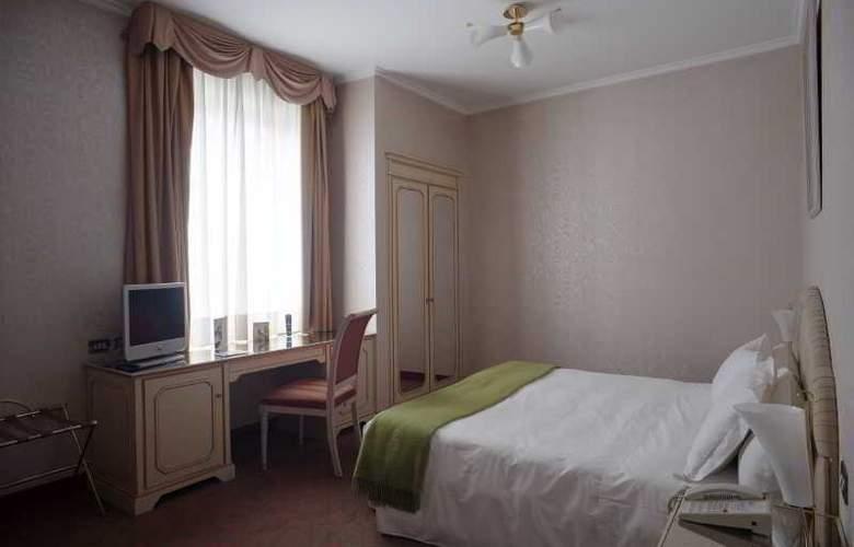 NH Genova Centro - Room - 9