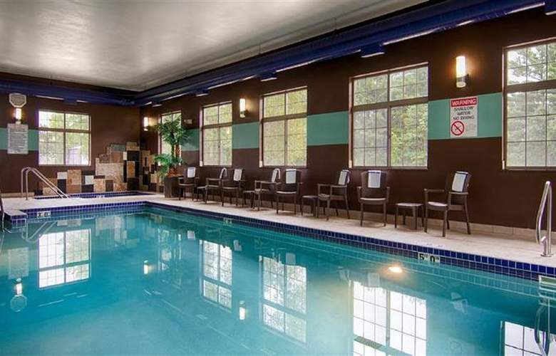 Best Western Plover Hotel & Conference Center - Pool - 48