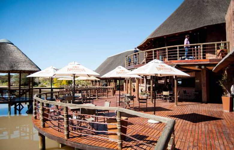 Buffelsdrift Game Lodge - Bar - 12