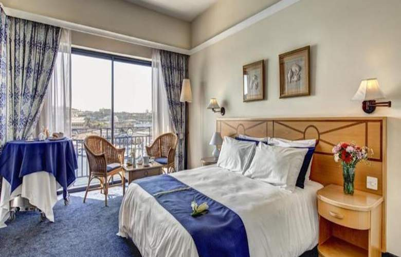 The Waterfront - Room - 4