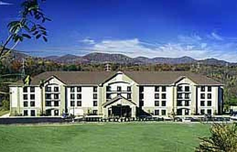 Quality Inn & Suites Biltmore South - Hotel - 0
