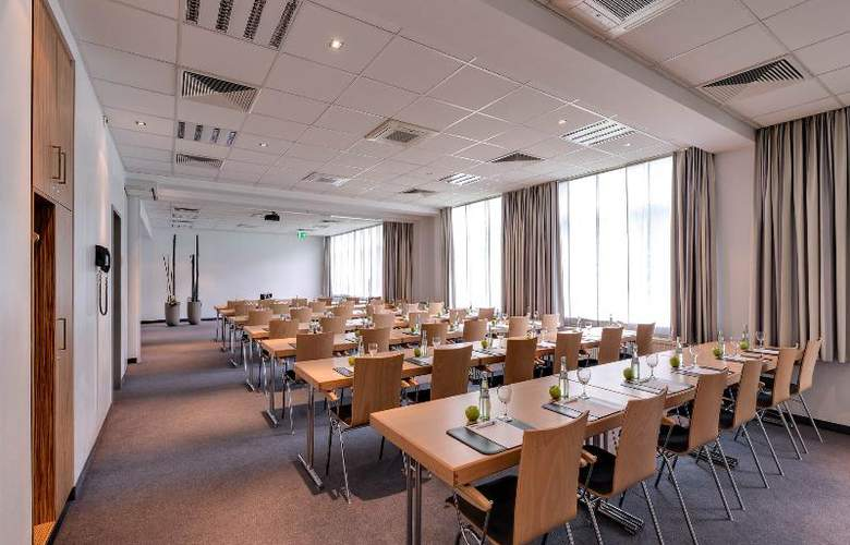 Park Inn by Radisson Berlin City West - Conference - 11