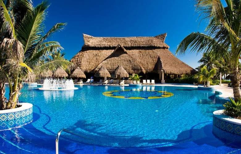 Catalonia Royal Tulum Beach & Spa Resort  - Pool - 13