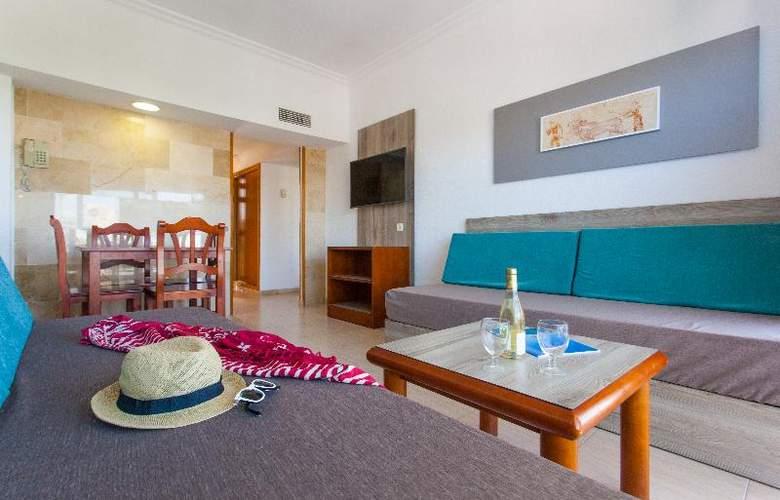 Apartamentos Benhur - Room - 21