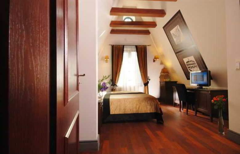 Holland House Residence - Room - 0
