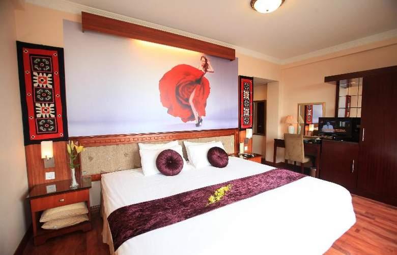 Flower Hotel - Room - 9