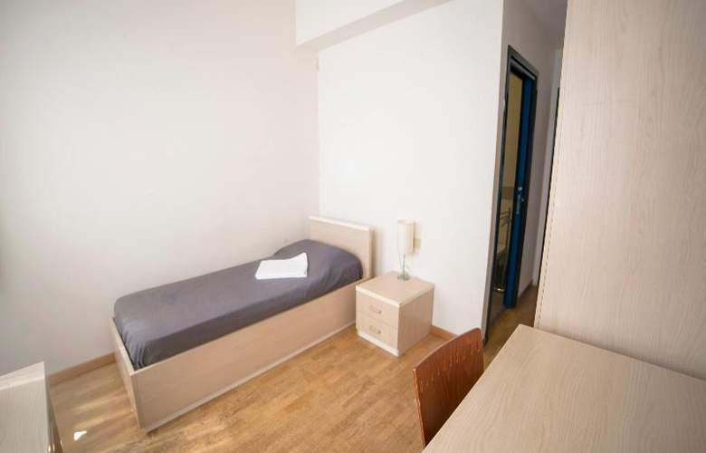 Sunny Terrace Hostel - Room - 5