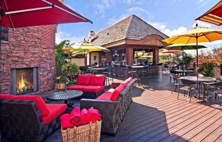 Best Western Plus White Bear Country Inn - Hotel - 24