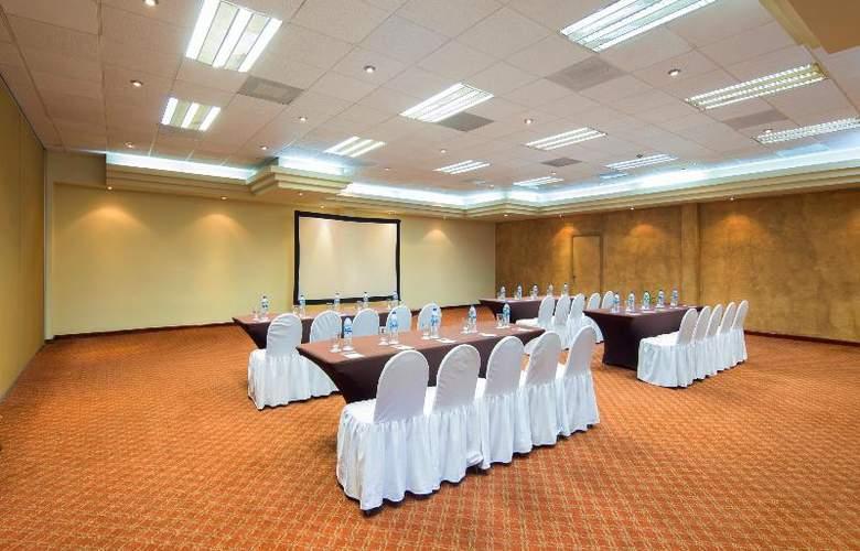Villa del Palmar Beach Resort & Spa - Conference - 37