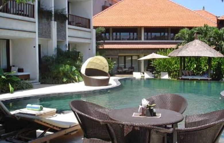 Villa Diana Bali - Pool - 17