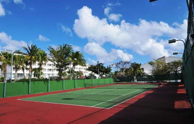 Simpson Bay Beach Resort and Marina - Sport - 30