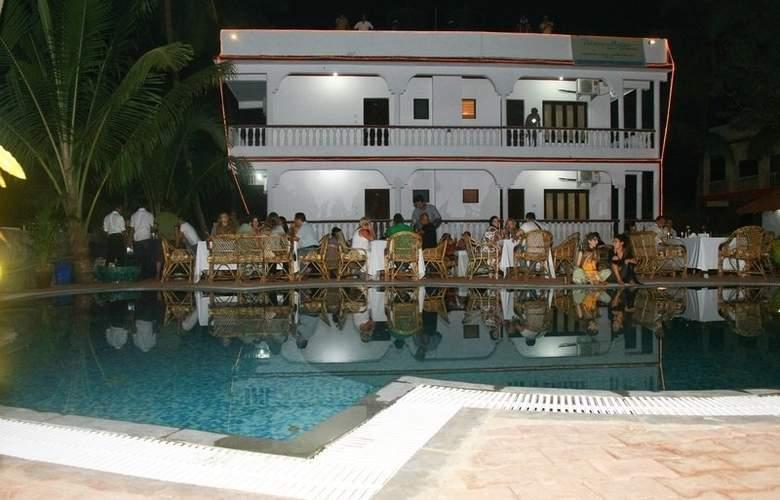 Rococco Morjim - Hotel - 0