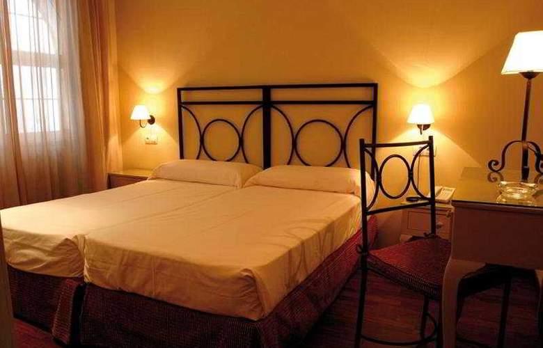 Apartamentos Murillo - Room - 6