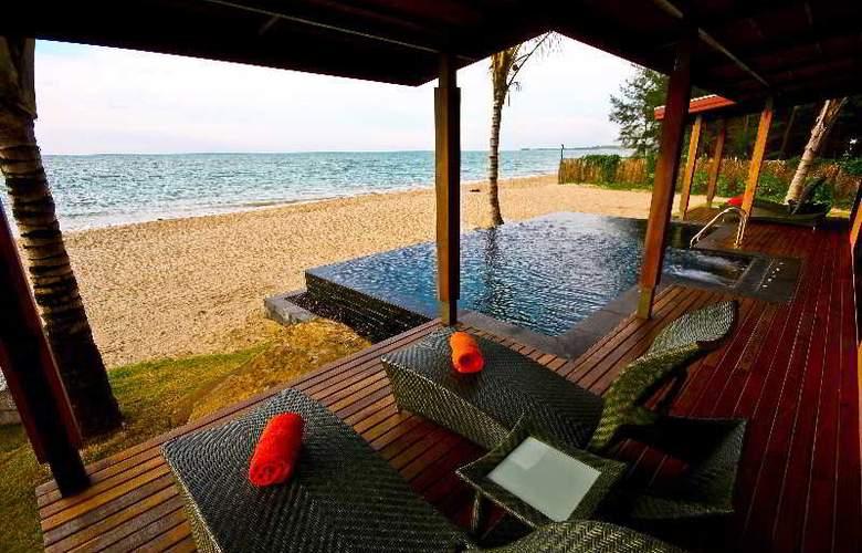 Beyond Resort Khaolak - Beach - 10