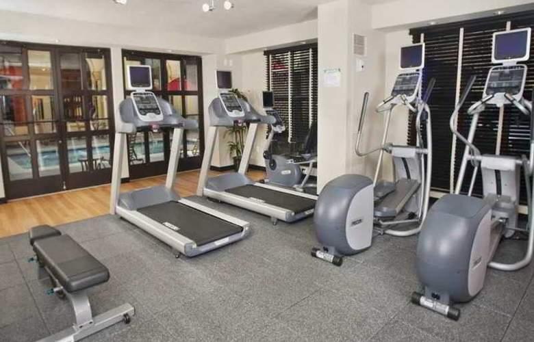 Hilton Garden Inn Cupertino - Sport - 9