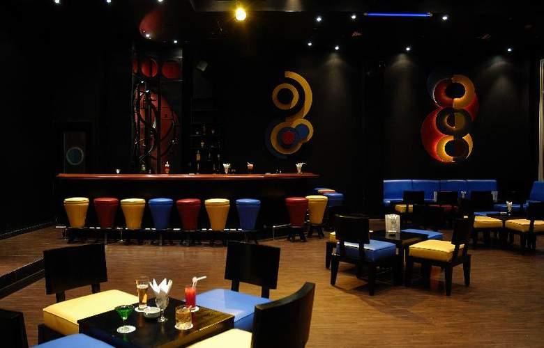 Grand Plaza Resort - Bar - 4