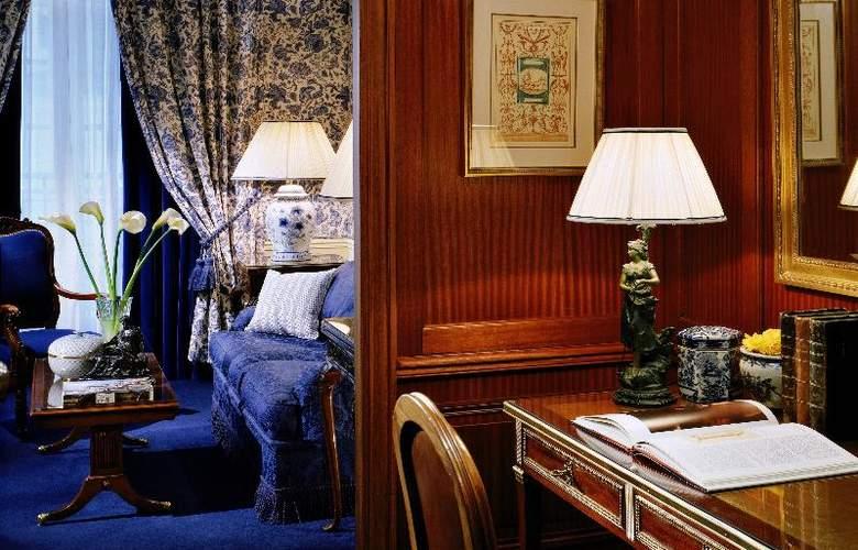 San Regis - Room - 30