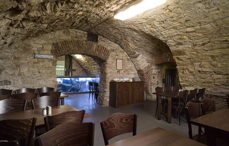 Lokal Inn - Restaurant - 7