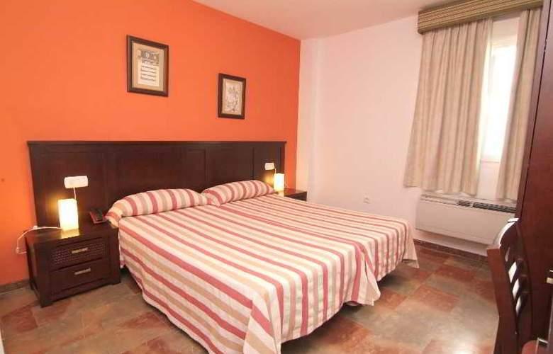 San Cayetano - Room - 12