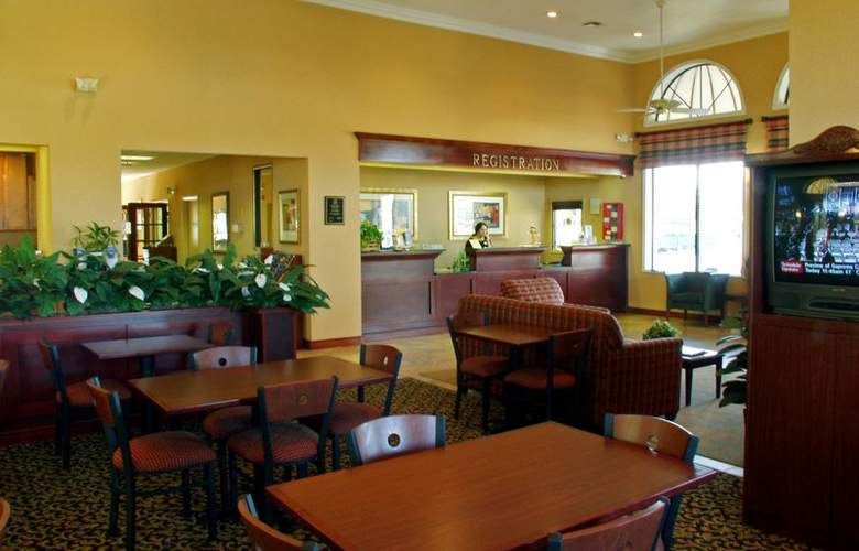 Best Western Orlando East Inn & Suites - Hotel - 2