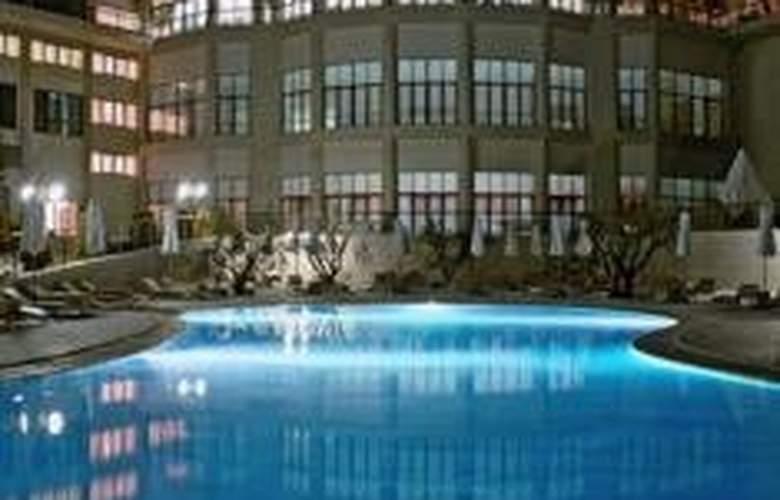 Oceania Club & Spa - Pool - 10