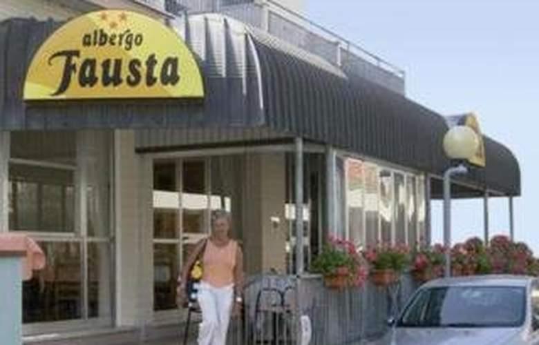 Fausta Igea Marina - Hotel - 0