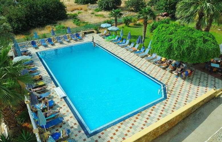 Paloma Garden and Corina Hotel - Pool - 8