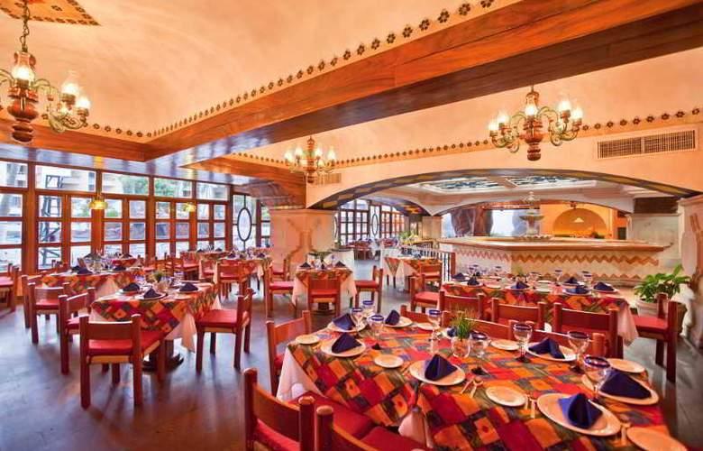 El Cid El Moro Beach Hotel - Restaurant - 8