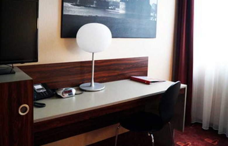 Azimut Hotel Köln - Room - 4