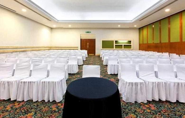 Holiday Inn Merida - Hotel - 17