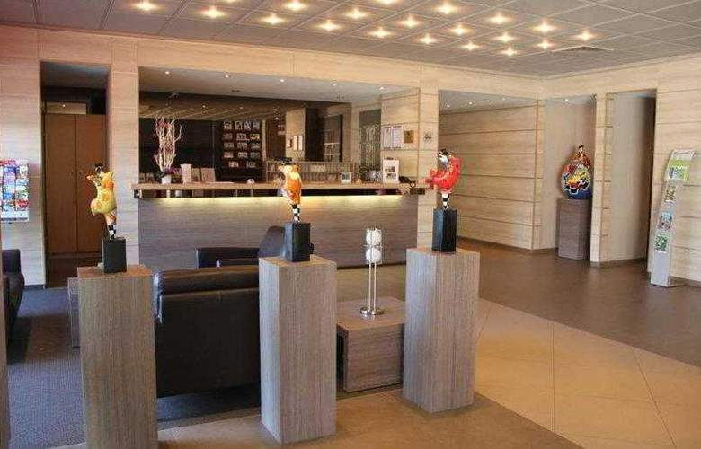 BEST WESTERN PLUS Hotel Casteau Resort Mons - Hotel - 17