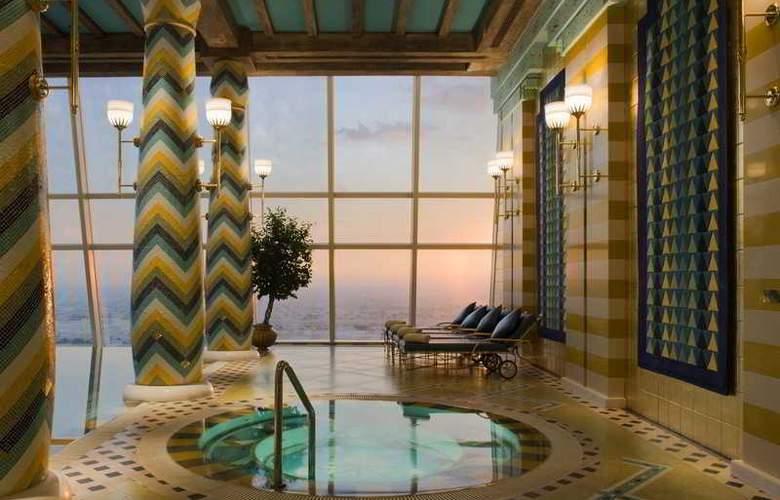 Burj al Arab - Pool - 10