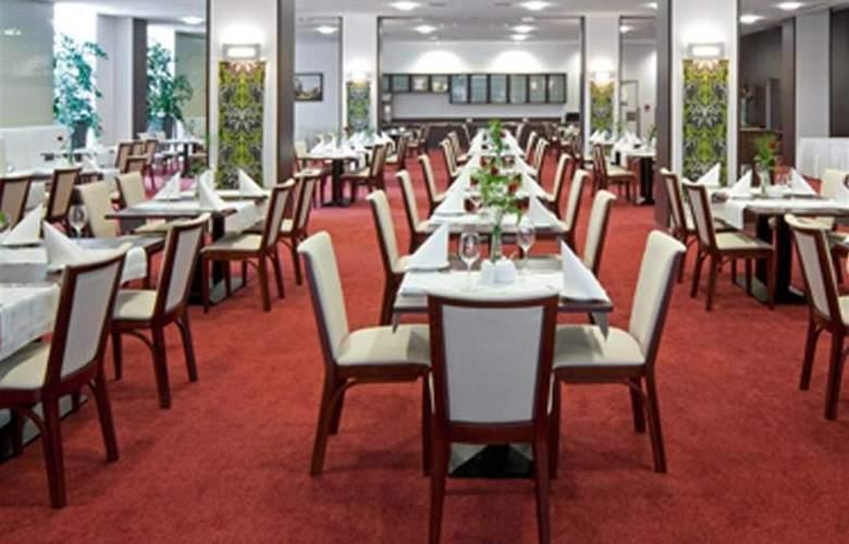 Best Western Premier - Restaurant - 39