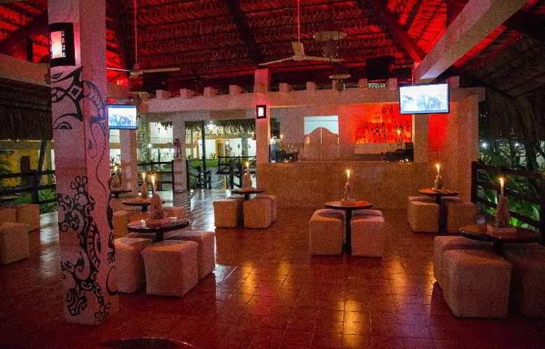 Plaza Palenque - Bar - 10
