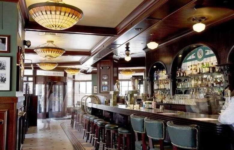 Providence Biltmore - Bar - 3