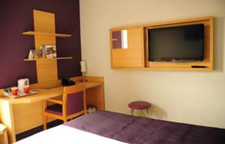 Comfort Suites Lyon Est Eurexpo - Room - 6