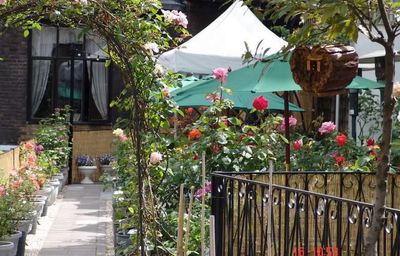 The London Elizabeth - Terrace - 6