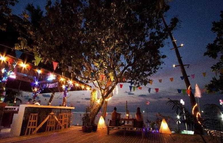 Long Bay Resort - Bar - 7