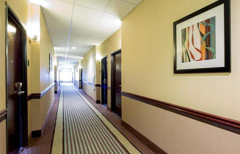 Best Western Plus Eastgate Inn & Suites - Room - 75