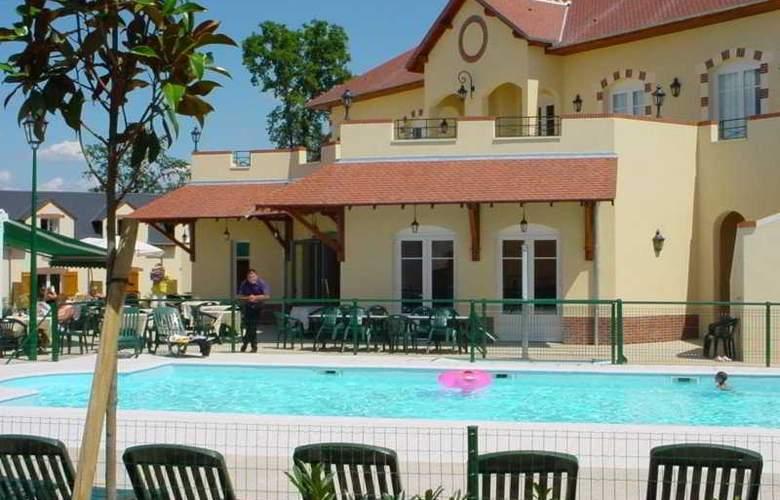 Mercure Orléans Portes de Sologne Ardon - Pool - 6